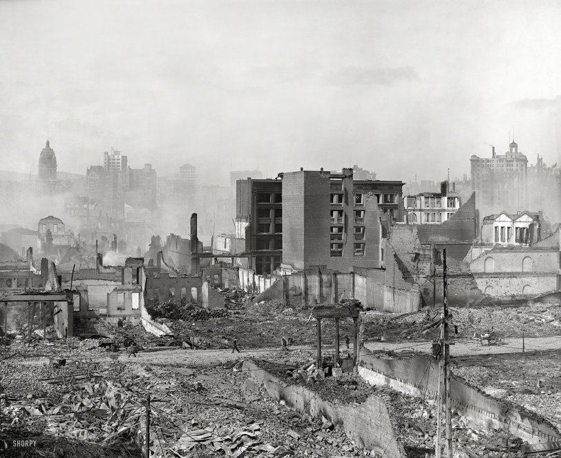 Metropolis in Ruins: 1906