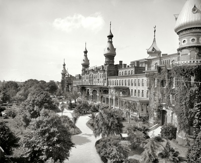 Magic Kingdom: 1902