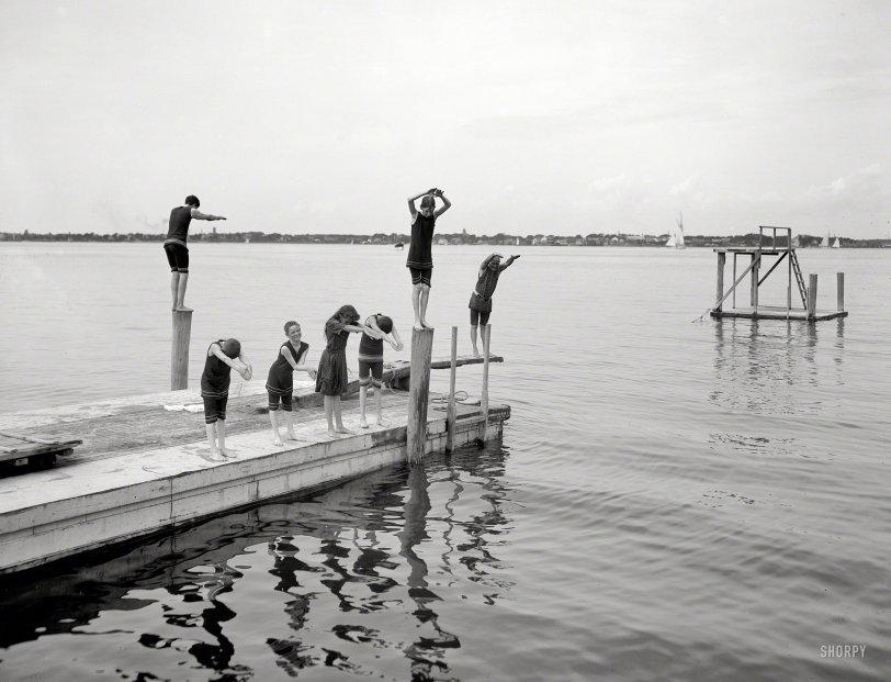 Pier Group: 1904