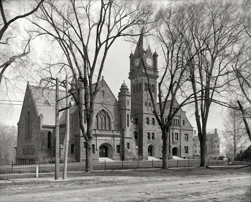 Lyon Hall: 1908