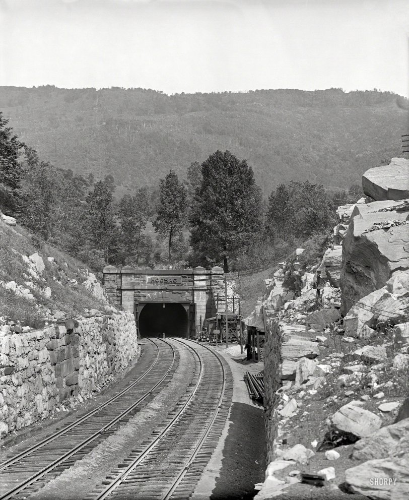Hoosac Tunnel: 1907