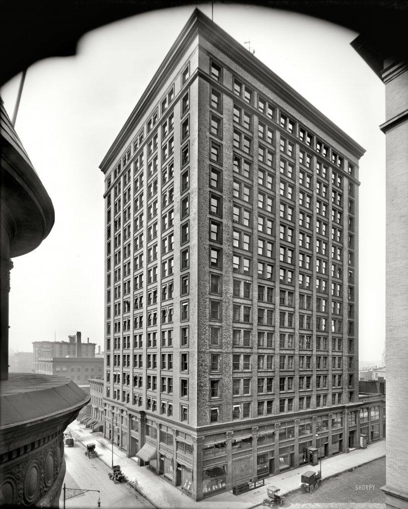 Corner Office: 1909