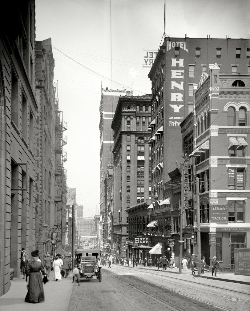 Hotel Henry: 1908
