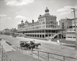 Seaside House: 1907