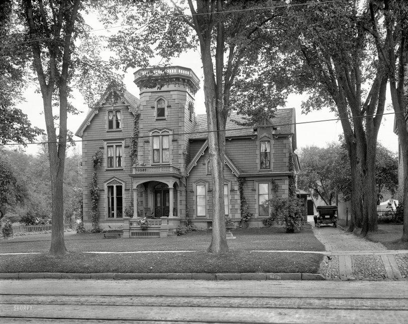 Chez Shermour: 1910