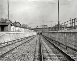 Tunnel Vision: 1910