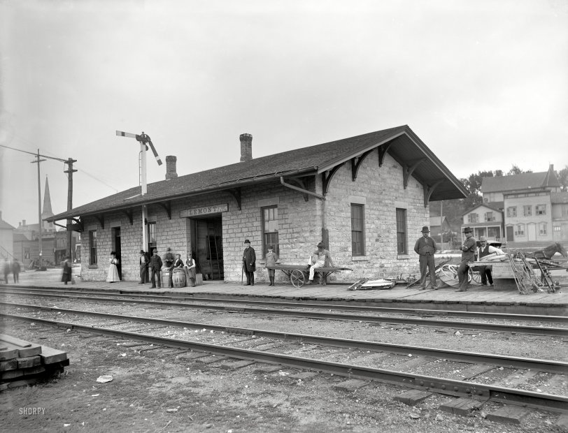 Lemont Depot: 1902