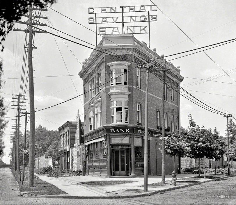 Central Savings: 1905
