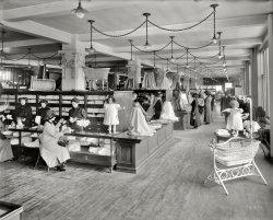 Baby Dresses: 1912