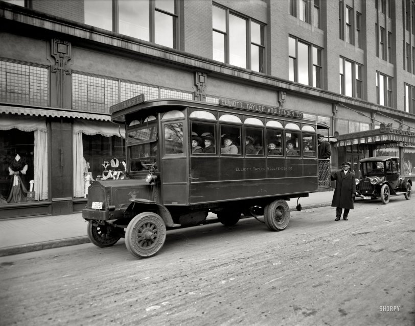 Department Store Bus: 1914