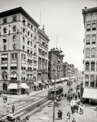 Worthington and Main: 1908