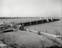 Longfellow Bridge: 1908