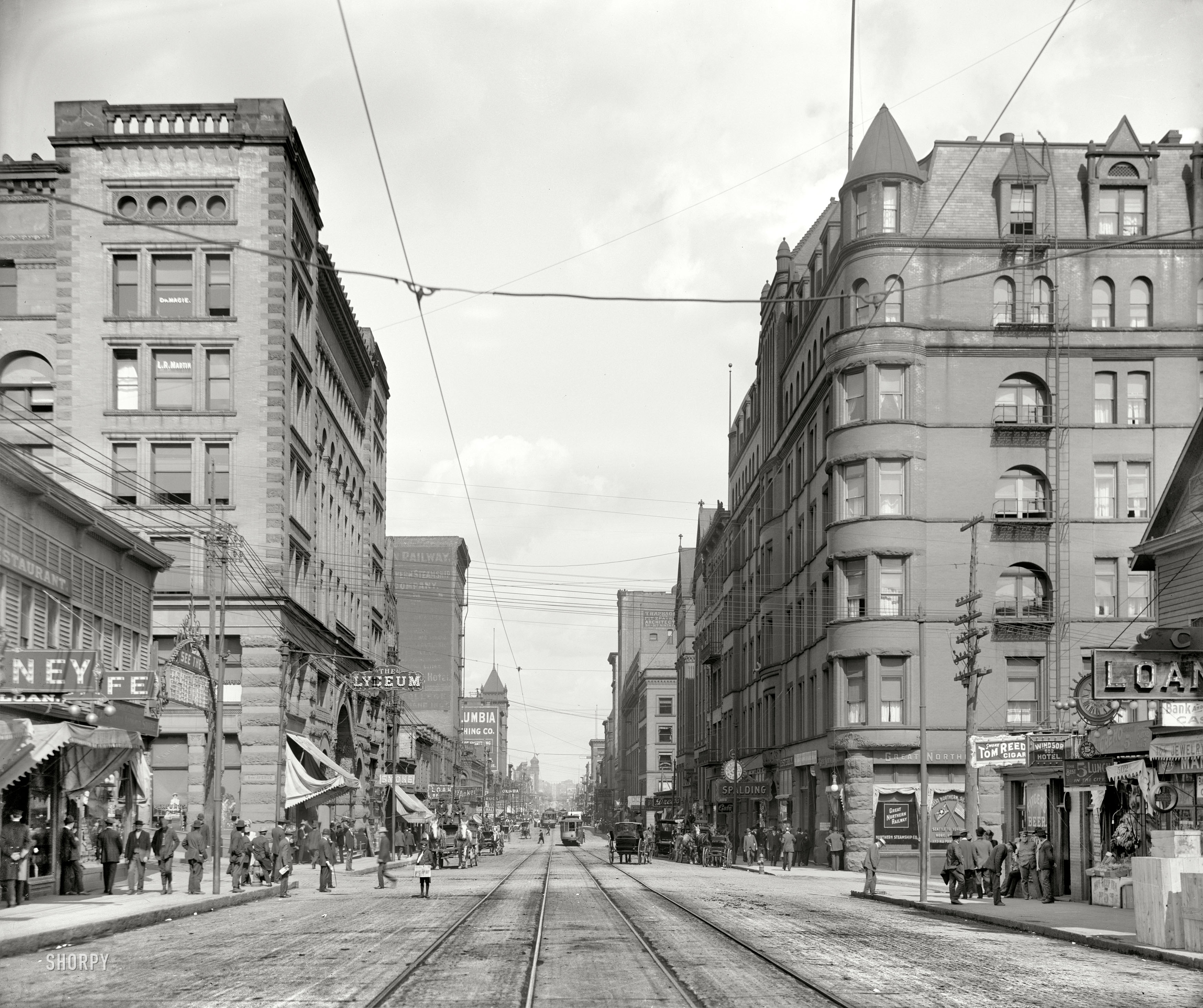 Shorpy Historic Picture Archive Superior Street 1909