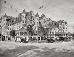 Halcyon Hotel: 1912