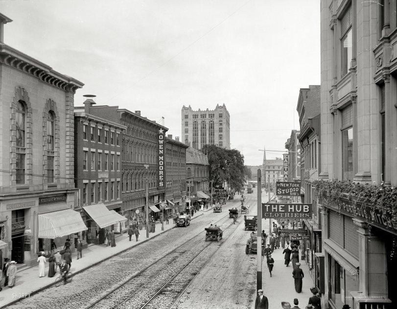 Maine Street: 1910