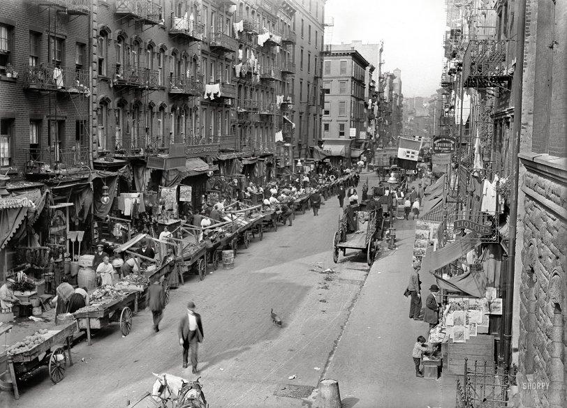 Little Italy: 1905