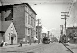 Wash Ave.: 1906
