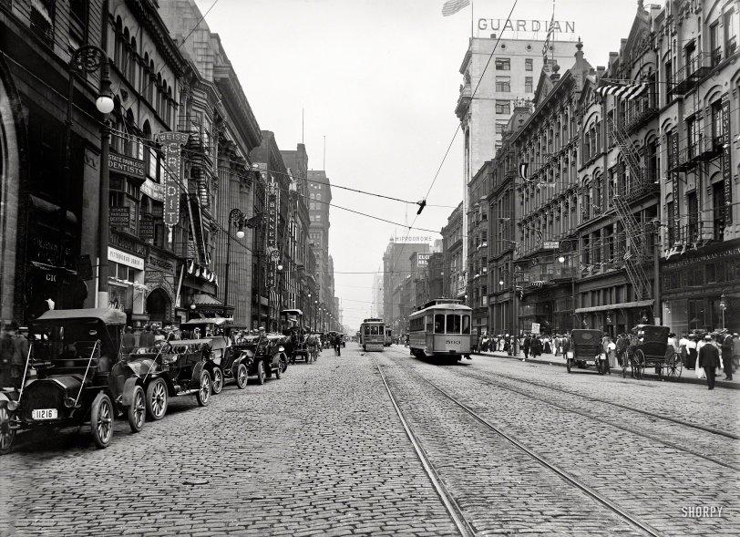 Bustling Cleveland: 1911
