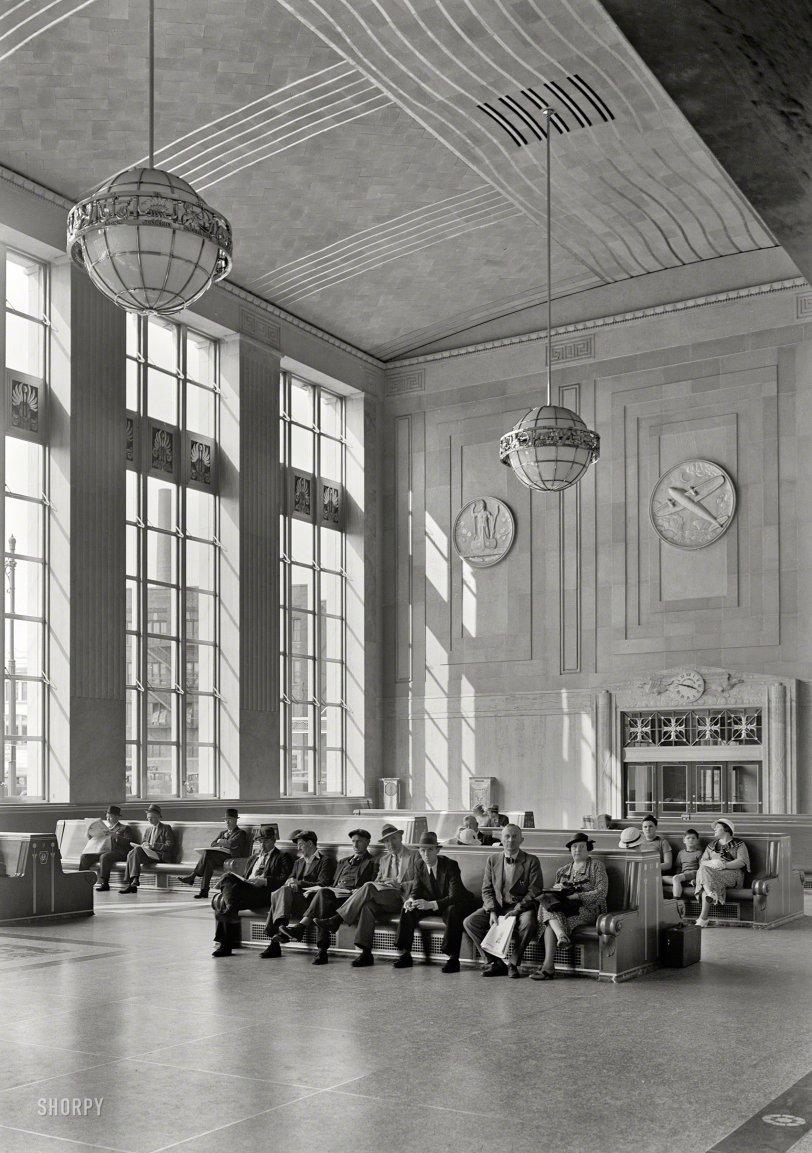 Planes, Trains: 1935