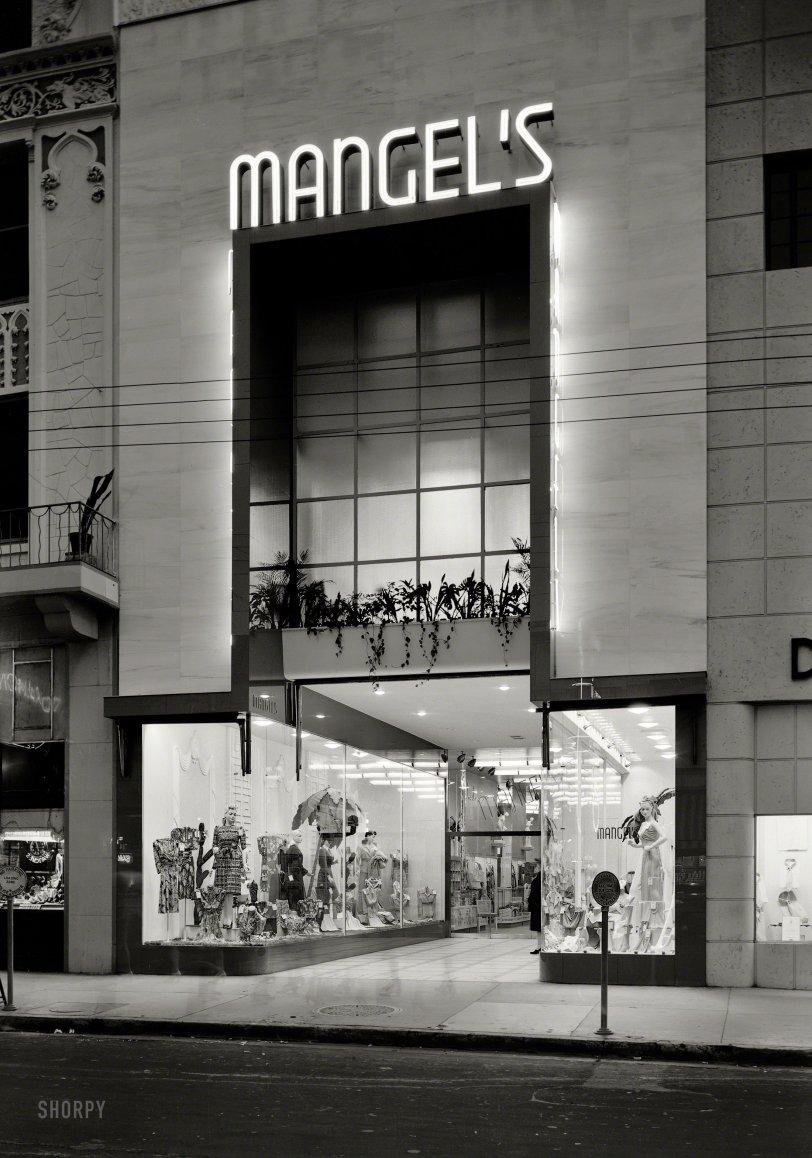 Foot Traffic: 1942
