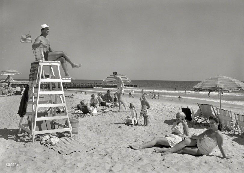 Surf Club: 1947