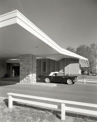 Thunderbird Lodge: 1957