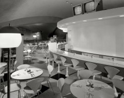 Jet Set Coffee Shop: 1962