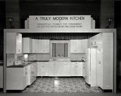 Modern Kitchen: 1940