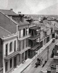 Horsy Chapeau: 1923