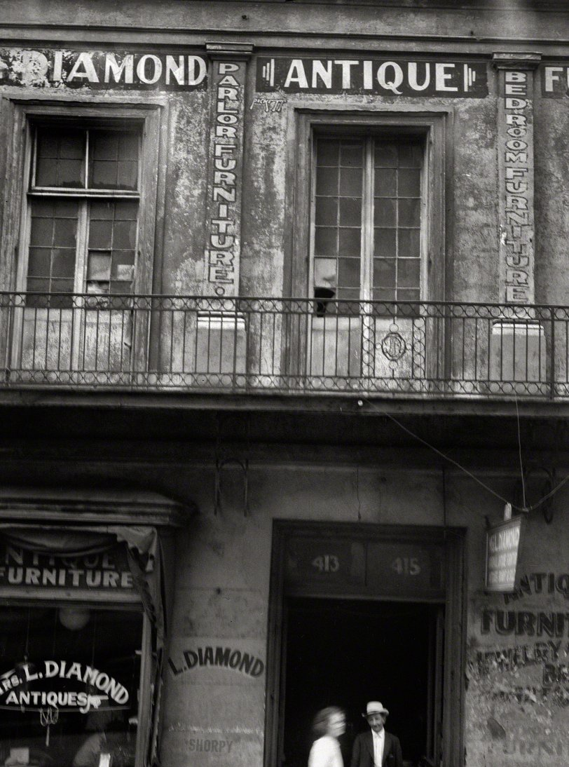 Parlor Furniture: 1920