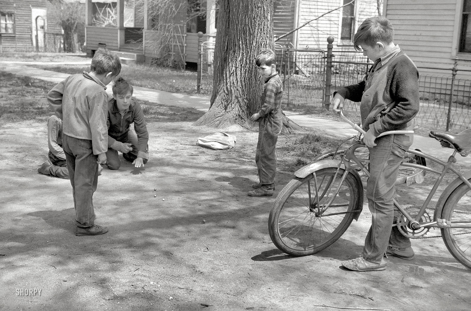 Shorpy Historic Picture Archive :: Marbles: 1940 high ...