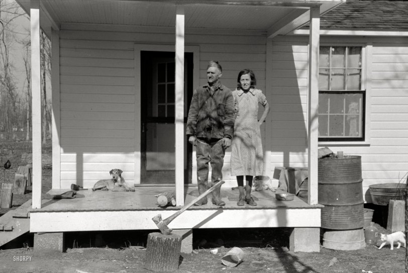 Family Porchrait: 1939