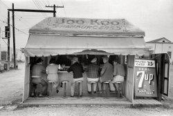 Boo Koo Burgers: 1939
