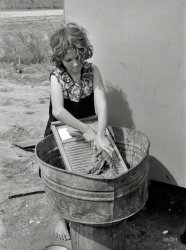 Texas Laundress: 1939