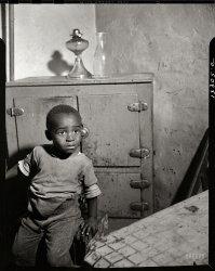 Capitol Kid: 1942