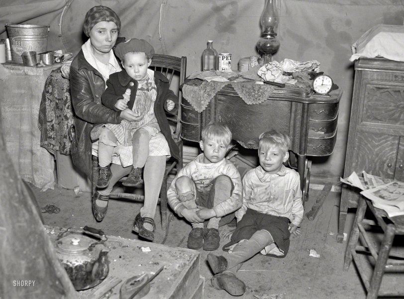 Flood Refugees: 1937