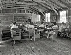 Little Red House School: 1935