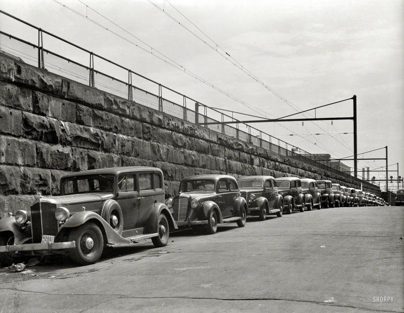 The Case of the Parked Packard: 1939