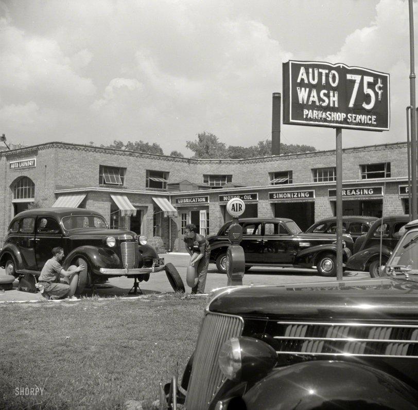 Auto Laundry: 1940