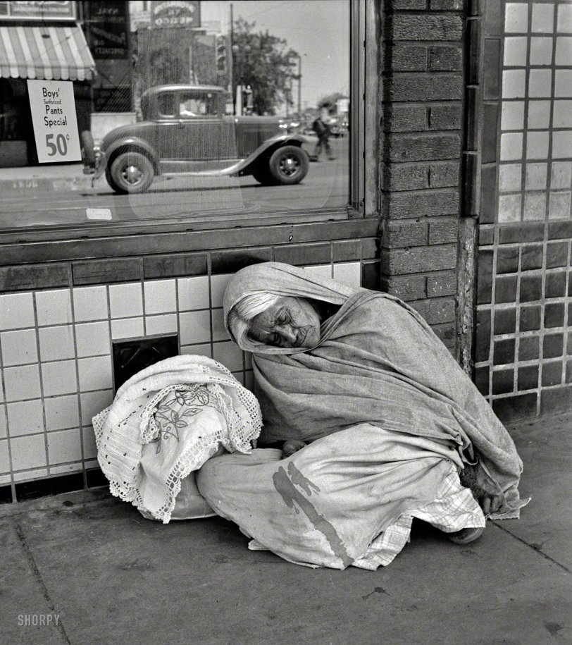 Sleeping Gypsy: 1938