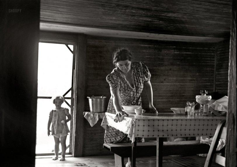 Knee Baby: 1939