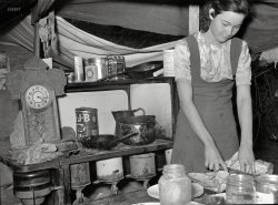 Homeless Cooking: 1939