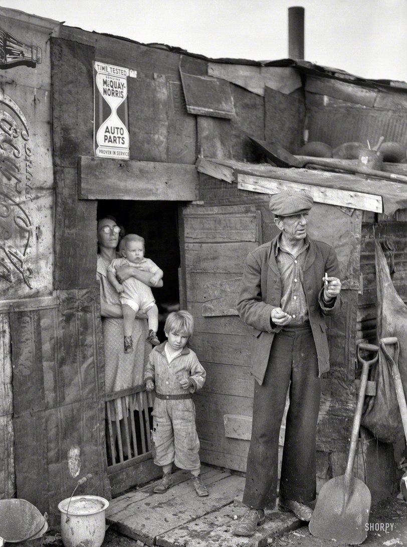Coke House: 1939