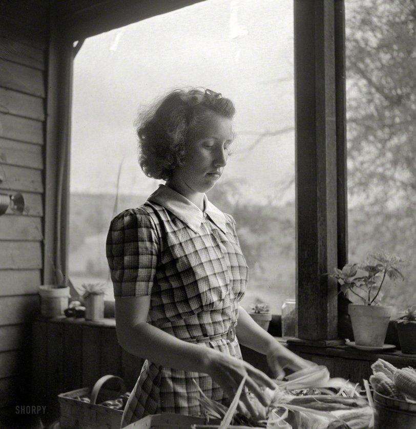Farm Fresh: 1940