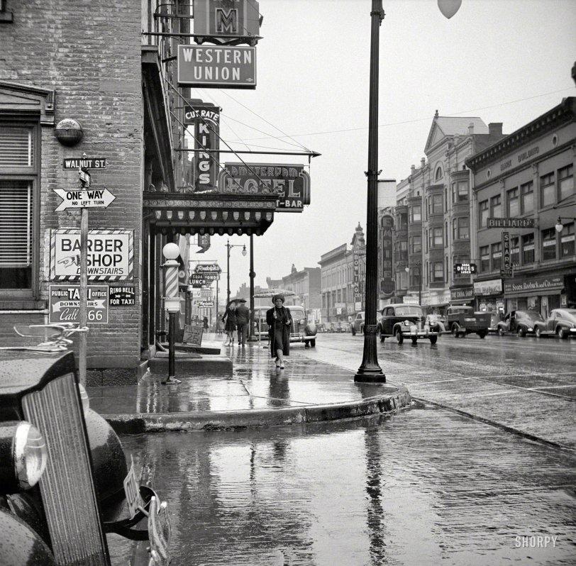 Old Amsterdam: 1941