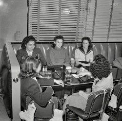 Hot Shoppes Hotties: 1941