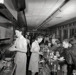 Hot Shoppe: 1941