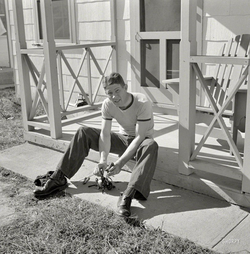 Porch Mechanic: 1941