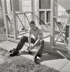 Porch Mechanic: 1941