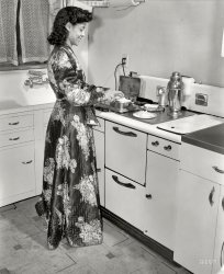 Jewel in the Kitchen: 1942